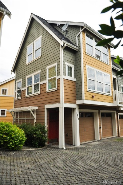 Seattle Single Family Home For Sale: 3009 SW Cycle Ct