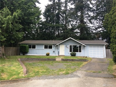 Edmonds Single Family Home For Sale: 15902 53 Place W
