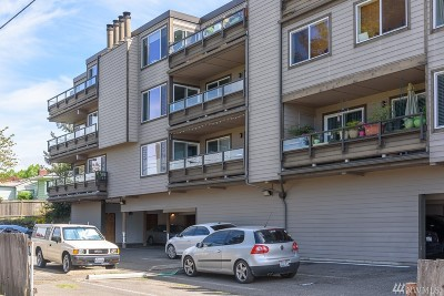 Condo/Townhouse Sold: 6055 35th Ave SW #204