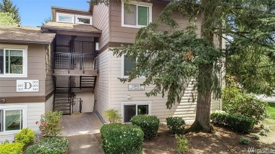 Kirkland Condo/Townhouse For Sale: 12621 NE 130th Wy #D108