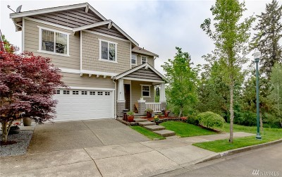Maple Valley Single Family Home For Sale: 24523 232nd Place SE