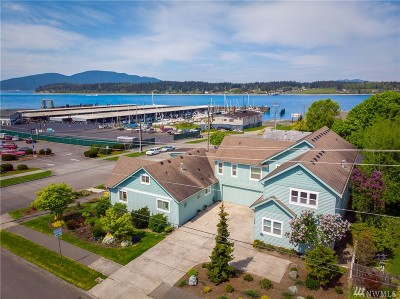 Anacortes Single Family Home For Sale: 1418 6th St