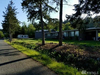 Anacortes Single Family Home For Sale: 15228 Dewey Crest Lane