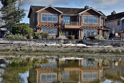 Clinton Single Family Home For Sale: 2396 Sunlight Beach Rd