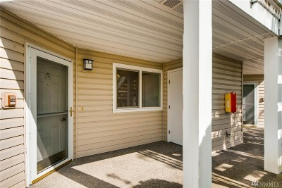Kent Condo/Townhouse For Sale: 11130 SE 208th St #N104