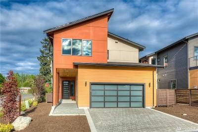 Kirkland Single Family Home For Sale: 8319 N 120th St