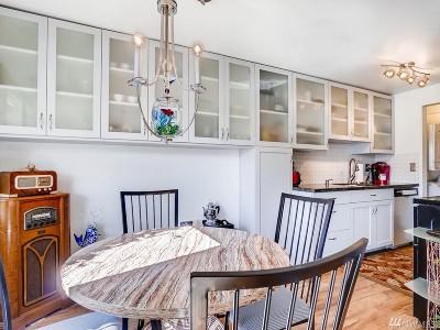 Renton Condo/Townhouse For Sale: 2020 Grant Ave S #L104