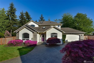 Everett Single Family Home For Sale: 104 Forest Ct