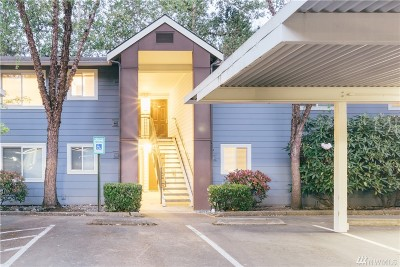 Kirkland Condo/Townhouse For Sale: 12619 100th Lane NE #I-242