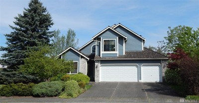 Enumclaw Single Family Home For Sale: 205 Spring Place