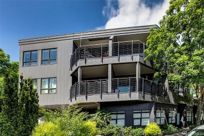 Seattle Condo/Townhouse For Sale: 3912 Midvale Ave N #302