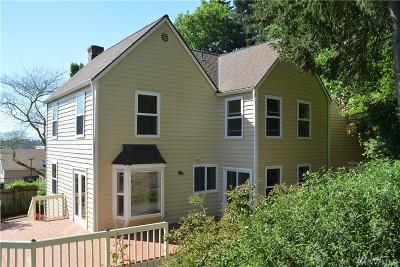 Bellevue Single Family Home For Sale: 12420 NE 24th St