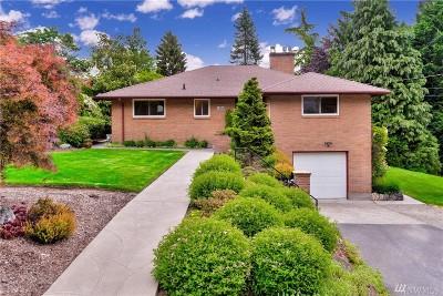 Lake Forest Park Single Family Home Contingent: 19504 53rd Ave NE