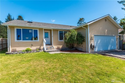 Coupeville Single Family Home For Sale: 1255 Mitscher Dr