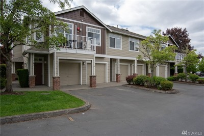 Sammamish Condo/Townhouse For Sale: 521 SE 4th Place #521
