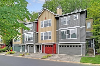 Redmond Condo/Townhouse For Sale: 9304 162nd Place NE