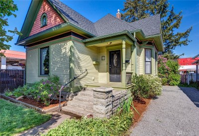 Single Family Home For Sale: 2118 Iron St