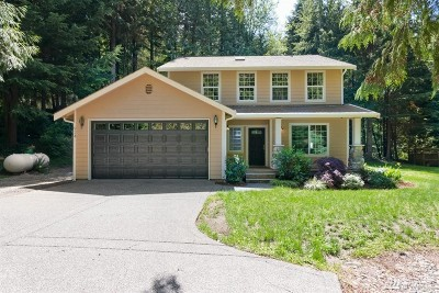 Port Orchard Single Family Home For Sale: 924 SW Berry Lake Rd