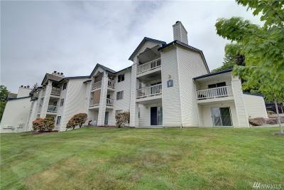Renton Condo/Townhouse For Sale: 1900 NE 48th St #E101