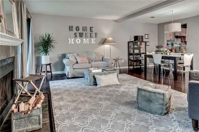 Des Moines Condo/Townhouse For Sale: 23718 13th Place S #905