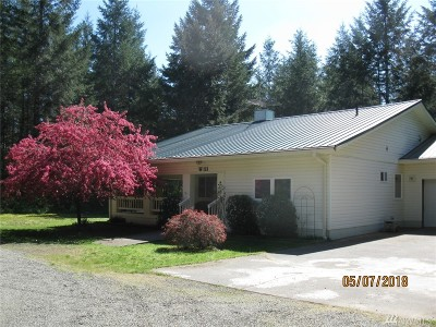 Shelton Single Family Home For Sale: 111 W Palomino Place
