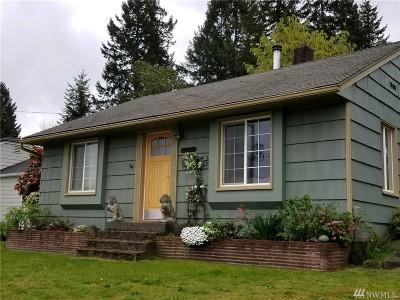 Mason County Single Family Home Pending Inspection: 1405 Fairmount