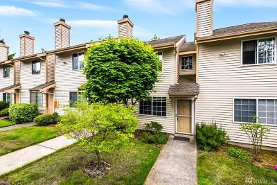 Everett Condo/Townhouse For Sale: 115 124th St SE #G5