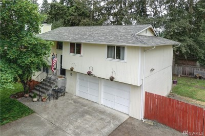 Puyallup Single Family Home For Sale: 16119 69th Av Ct E