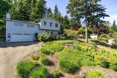 Oak Harbor Single Family Home Contingent: 5010 Bakerview Rd