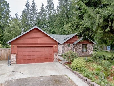 Maple Valley Single Family Home For Sale: 25422 212th Place SE