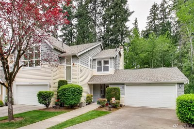 Bothell Condo/Townhouse For Sale: 714 228th St SW #O102