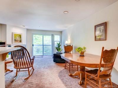 Bothell Condo/Townhouse For Sale: 15917 NE Waynita Way #E103