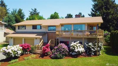 Tacoma Single Family Home For Sale: 6111 Panorama Dr NE