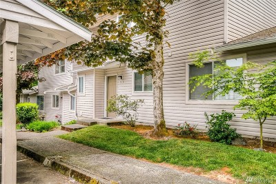 Bothell Condo/Townhouse For Sale: 18910 Bothell Everett Hwy #O3