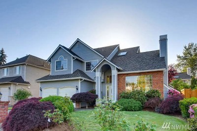 Woodinville Single Family Home For Sale: 12438 NE 164th St