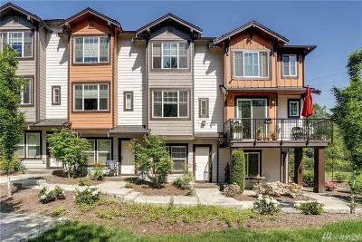 Redmond Condo/Townhouse For Sale: 10175 156th Ct NE #104
