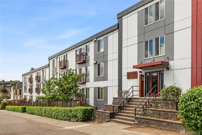 Seattle Condo/Townhouse For Sale: 3661 Phinney Ave N #401