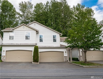 Bothell Condo/Townhouse For Sale: 2201 192nd St SE #F2