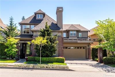 Issaquah Single Family Home For Sale: 2697 NE Davis Lp