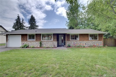 Kirkland Single Family Home For Sale: 7813 NE 145th St