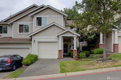 Renton Condo/Townhouse For Sale: 102 S 49th Place #B