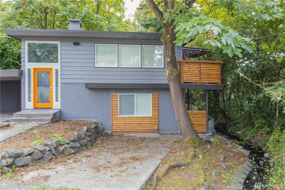 Seattle Single Family Home For Sale: 1045 NE 115th St