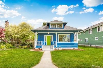 Everett Single Family Home For Sale: 2221 Rainier Ave