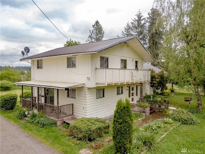 Enumclaw Single Family Home For Sale: 40520 180th Ave SE