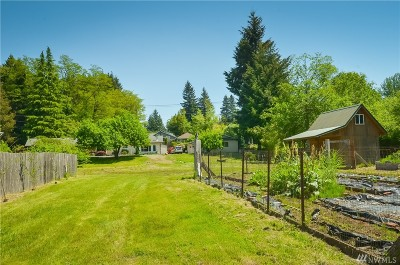 Thurston County Single Family Home For Sale: 1411 South Bay Rd NE