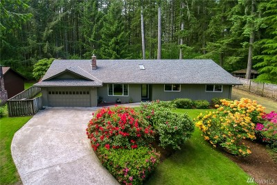 Single Family Home For Sale: 2209 Lakemoor Dr SW