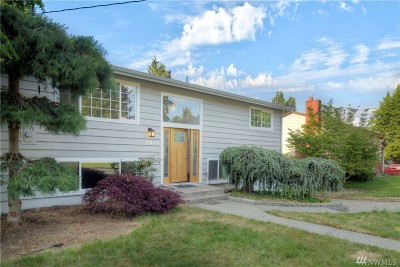Mountlake Terrace Single Family Home For Sale: 4805 217th St SW