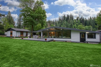 Maple Valley Single Family Home For Sale: 22218 SE Bain Rd