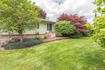 Centralia Single Family Home For Sale: 2209 Eureka Ave