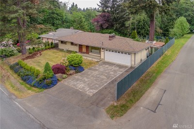 Newcastle Single Family Home For Sale: 12104 SE May Creek Park Dr